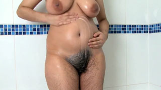 Indian Milf Doesn't Like to Shave Her Pussy