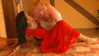 Indian Babe on Her Honeymoon Banged by Her Husband